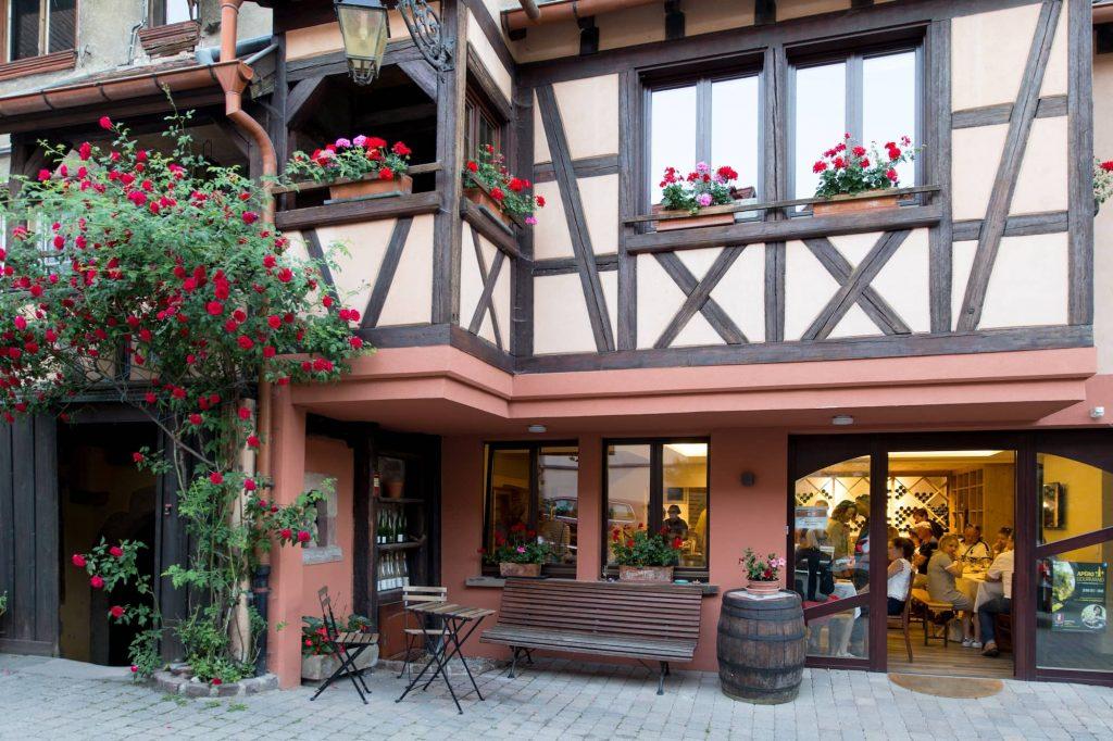 Domaine-Martial-Dirringer-cave-dégustation-vins